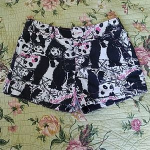 Lilly Pulitzer Pandamodium Shorts